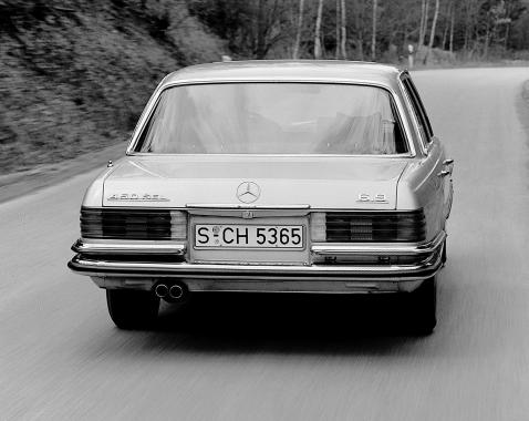 Mercedes 450 SEL 6.9 (W116) 1